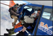 102 Years old woman jump 14000 feet height