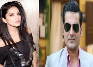 Breaking News, Viral News, Latest News, Trending News, Hindi News, Latest News hindi, India, HindustanFeed, Sunny Leone's eyes came in tears